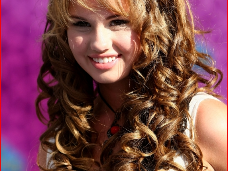 Hairstyles For Curls - The Most Beautiful Looks